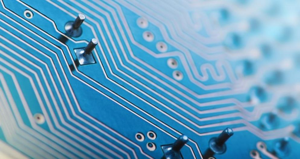 Учени демонстрираха нова технология за рециклиране на нанопроводници