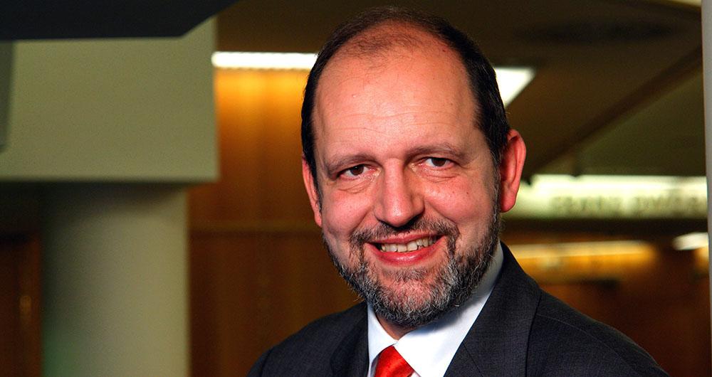 д-р Михаел Ангерер, посолство на Австрия Австрийските фирми разполагат с добри референции в областта на екологичните проекти в България